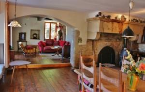 salon chambres d'hôtes la tourelle colombotte frankrijk